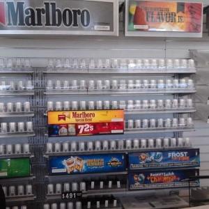 convenience-store-6c-min